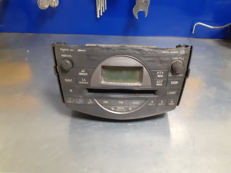 Магнитола штатная Toyota Rav4 ACA30 1AZFE (б/у)