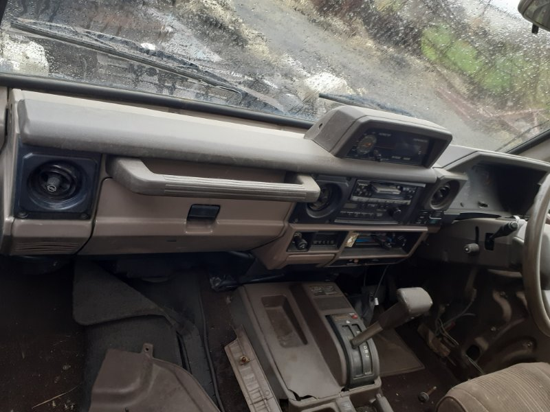 Торпедо комплект Toyota Land Cruiser Prado 78 2LT (б/у)