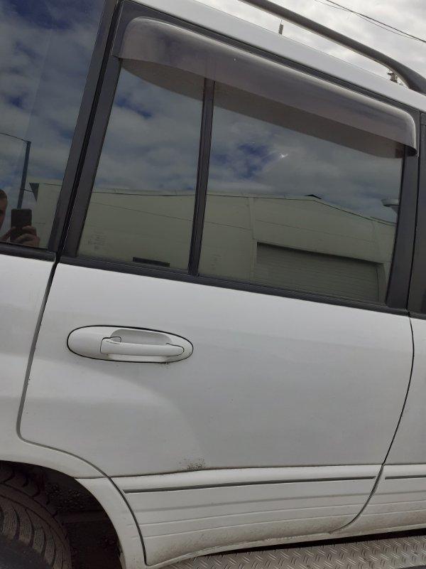 Дверь Toyota Land Cruiser 100 задняя правая (б/у)