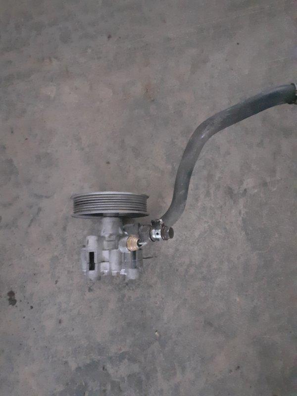 Насос гидроусилителя Toyota Land Cruiser 100 2UZFE 2005 (б/у)