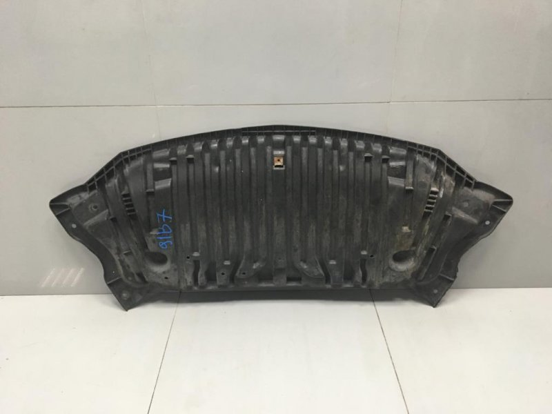 Защита пыльник двигателя Mercedes E Class W212 2.2 CDI   651 2010 (б/у)