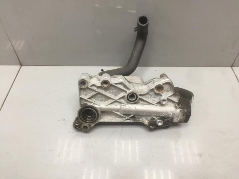 Радиатор масляный Mercedes C Class W204 2 2013 (б/у)
