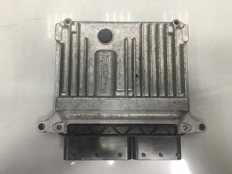 Блок управления двигателем Mercedes C Class W204 2 2008 (б/у)