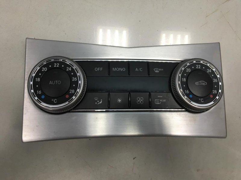 Блок управления печкой климатом Mercedes C Class W204 651.911 2010 (б/у)