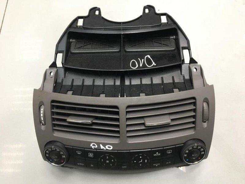 Блок управления печкой климатом Mercedes E Class W211 3.0 2005 (б/у)