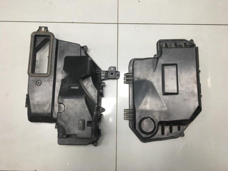 Крышка блока предохранителей Audi A6 C6 3.0 2010 (б/у)