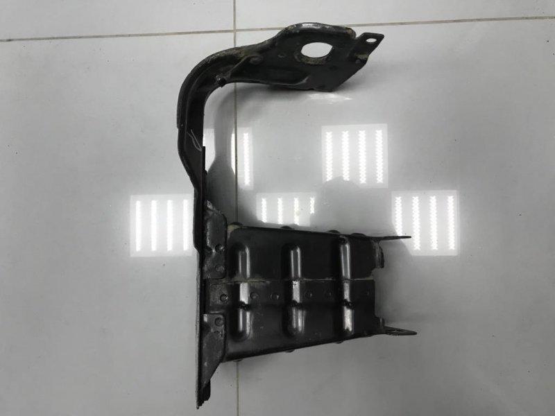 Кронштейн усилителя бампера Mercedes C Class W203 передний правый (б/у)