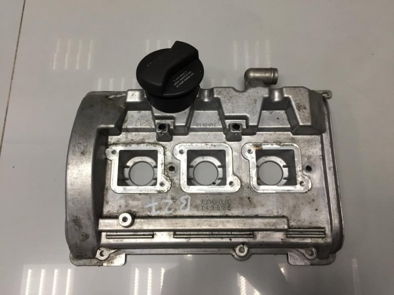 Крышка головки блока (клапанная) Audi (б/у)