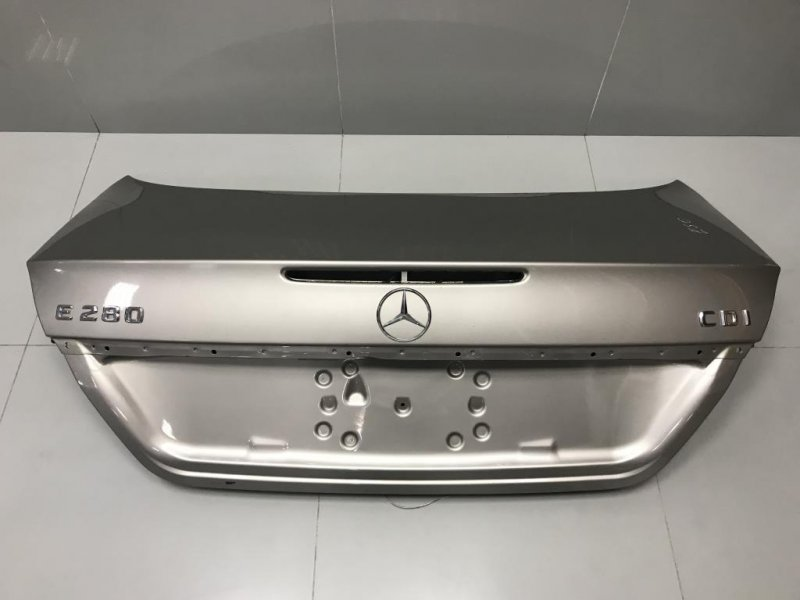 Крышка багажника Mercedes E Class W211 (б/у)