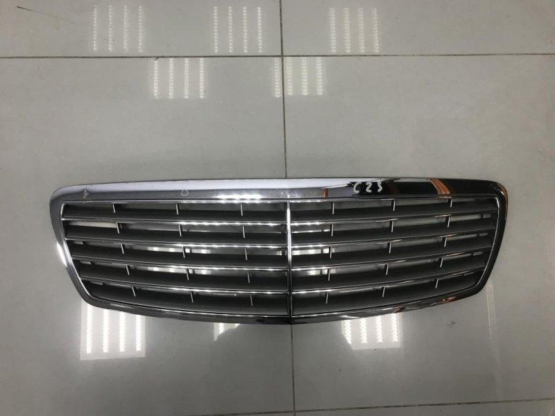 Решетка радиатора Mercedes E Class W211 (б/у)