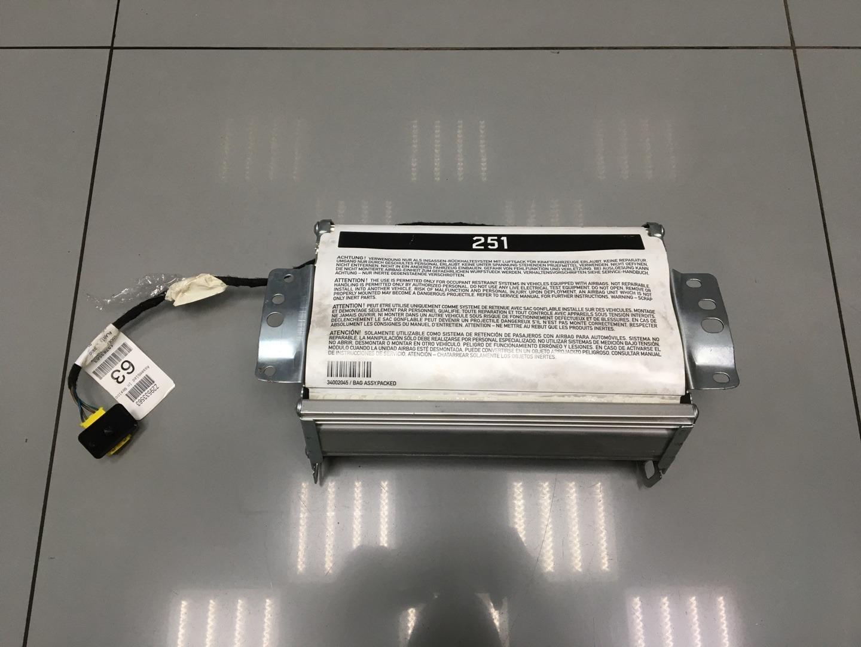 Подушка безопасности пассажира Mercedes Ml Class W164 642.820 OM642 2010 (б/у)
