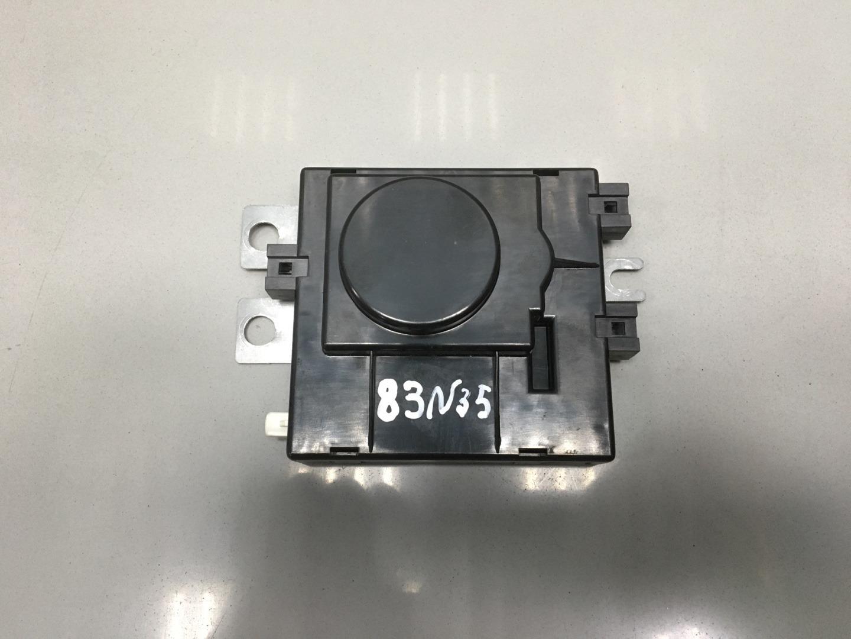 Усилитель антенны Mercedes C Class W204 OM 646.811 2008 (б/у)