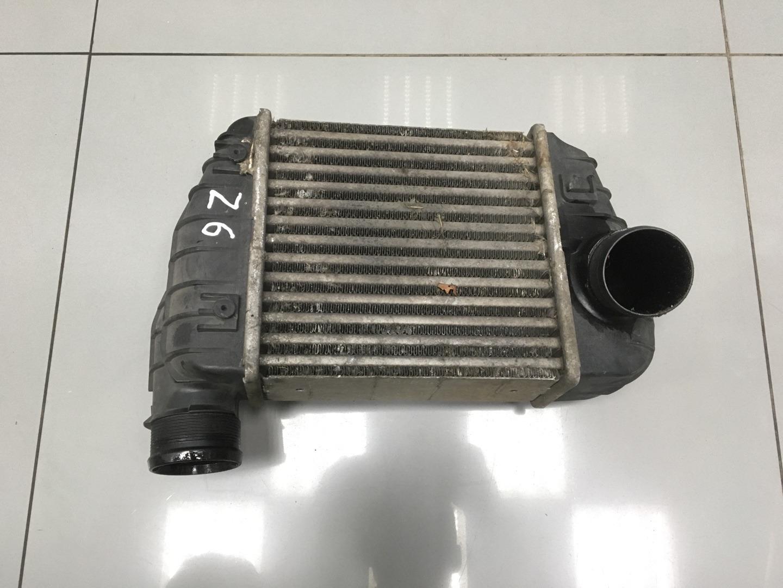 Интеркулер Audi A6 C6 BPJ 2006 (б/у)
