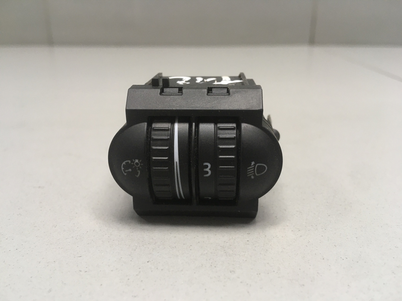 Кнопка корректора фар Volkswagen Jetta 5 BSE 2009 (б/у)
