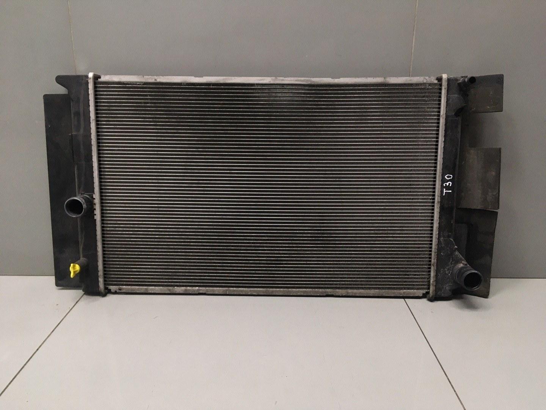 Радиатор охлаждения Toyota Auris 1ZRFAE 2010 (б/у)