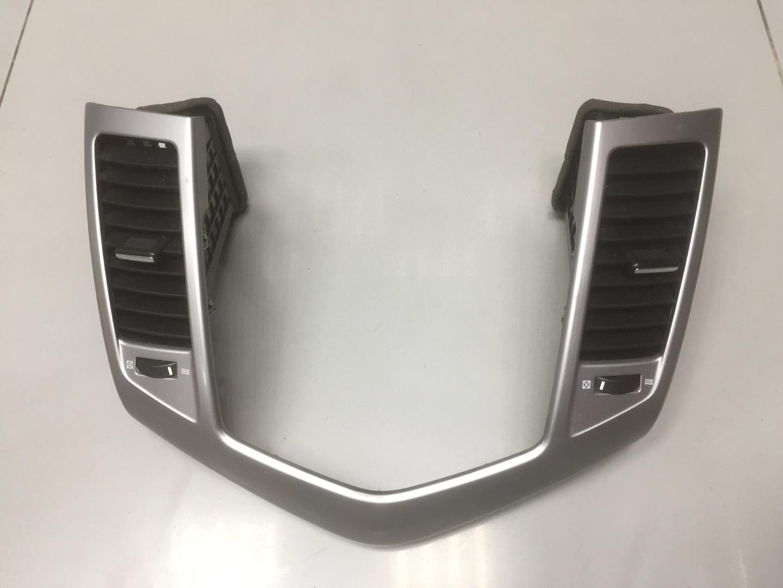 Дефлектор воздушный Chevrolet Cruze F16D4 2011 (б/у)