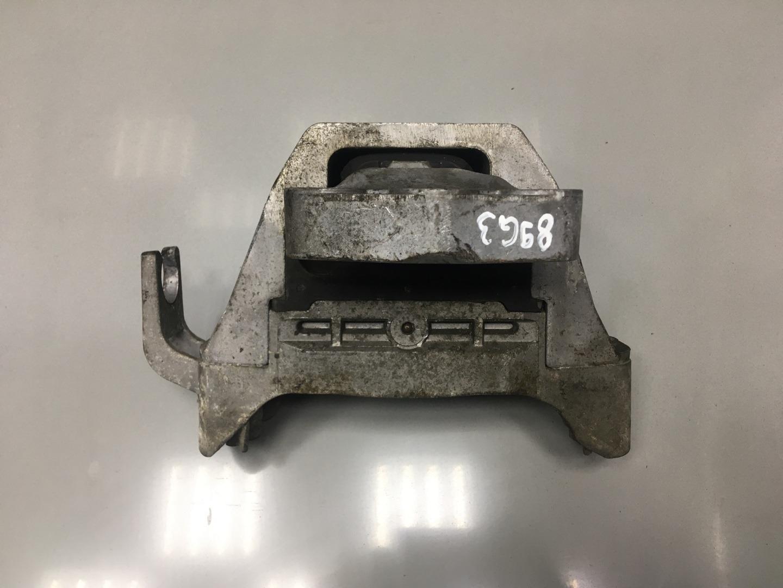 Опора двигателя Chevrolet Cruze F16D4 2011 правая (б/у)