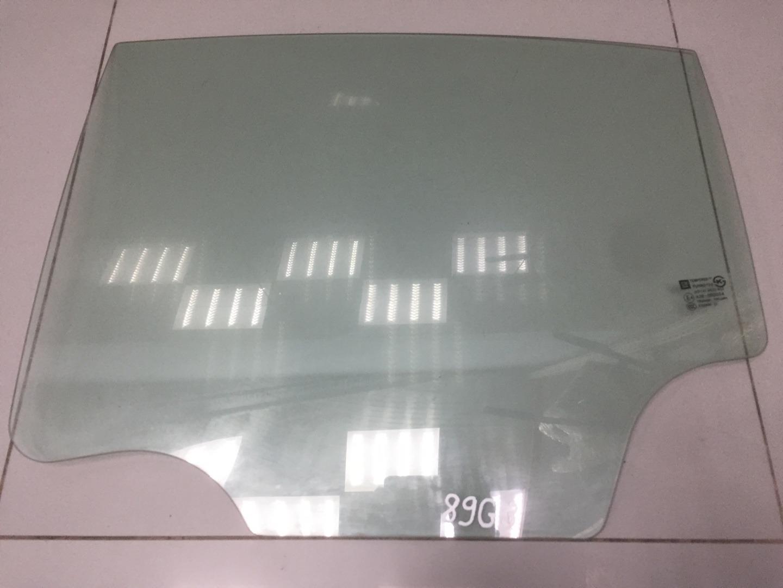 Стекло двери Chevrolet Cruze F16D4 2011 заднее левое (б/у)