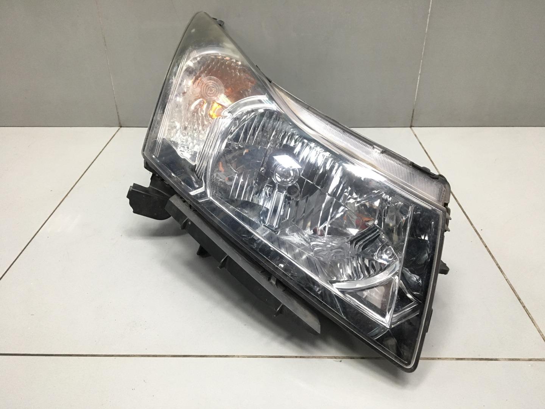 Фара Chevrolet Cruze F16D4 2011 правая (б/у)