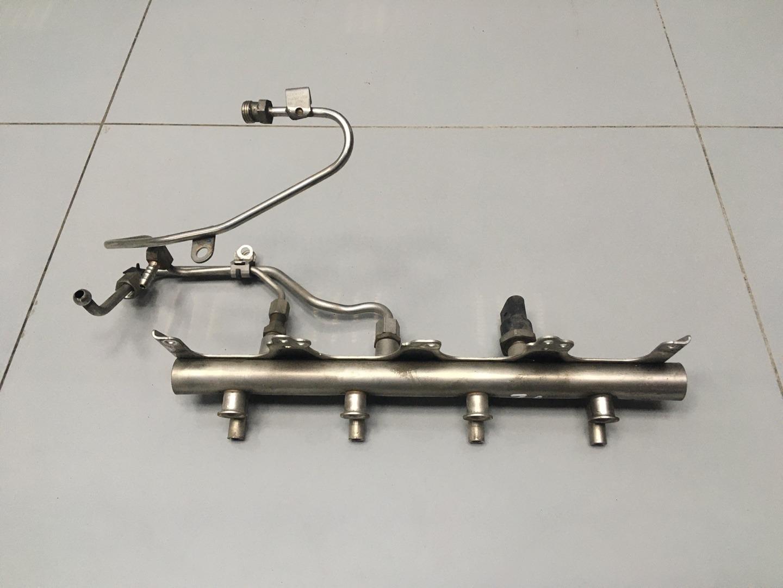 Рейка топливная Audi A6 C6 BPJ 2006 (б/у)