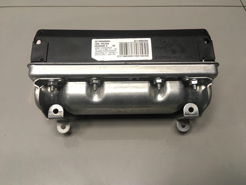 Подушка безопасности пассажира Mercedes E Class W211 642.920 2006 передняя (б/у)