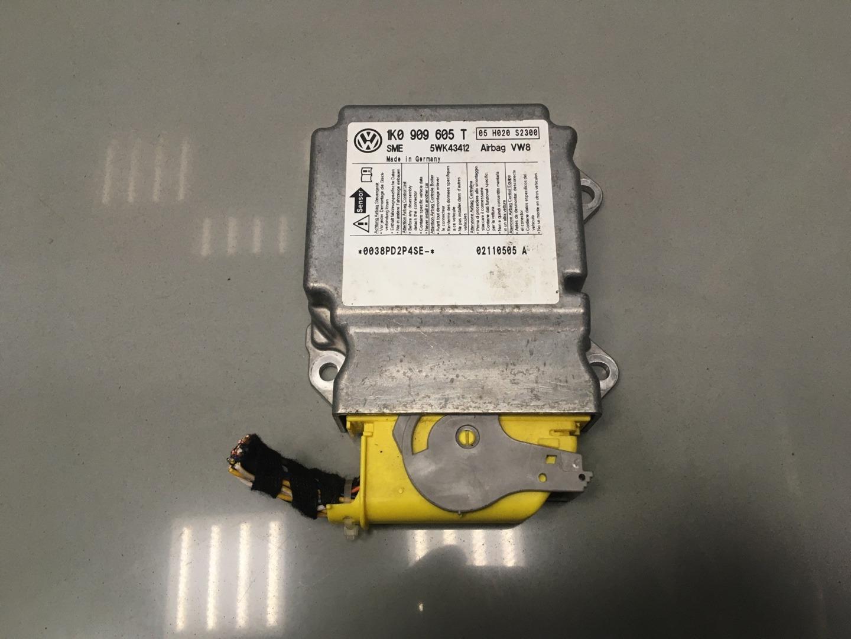 Блок управления air bag Skoda Octavia A5 CDAA 2011 (б/у)