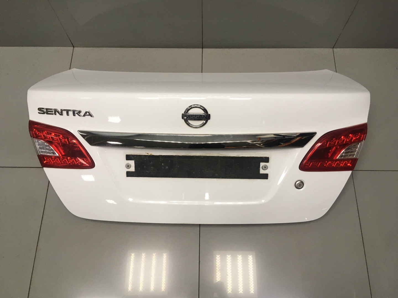 Крышка багажника Nissan Sentra B17 HR16DE 2015 (б/у)
