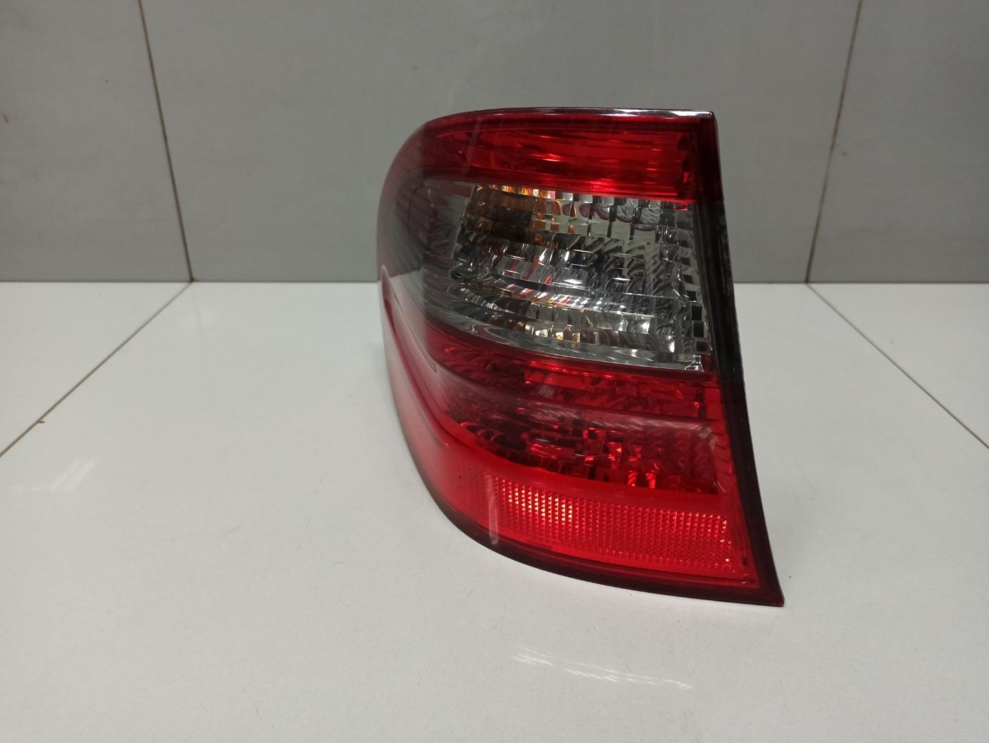 Фонарь Mercedes E Class W211 642.920 2009 левый (б/у)
