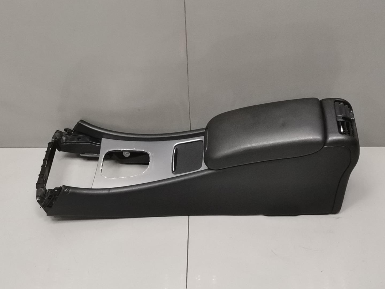 Подлокотник Mercedes C Class W203 646.963 2005 (б/у)