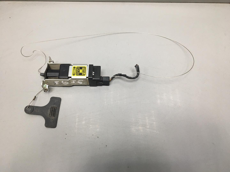 Активатор замка крышки бензобака Hyundai Starex H1 D4CB 2010 (б/у)