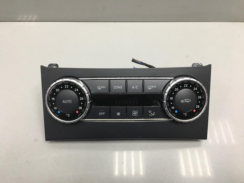 Блок управления печкой климатом Mercedes C Class W204 651.911 2013 (б/у)