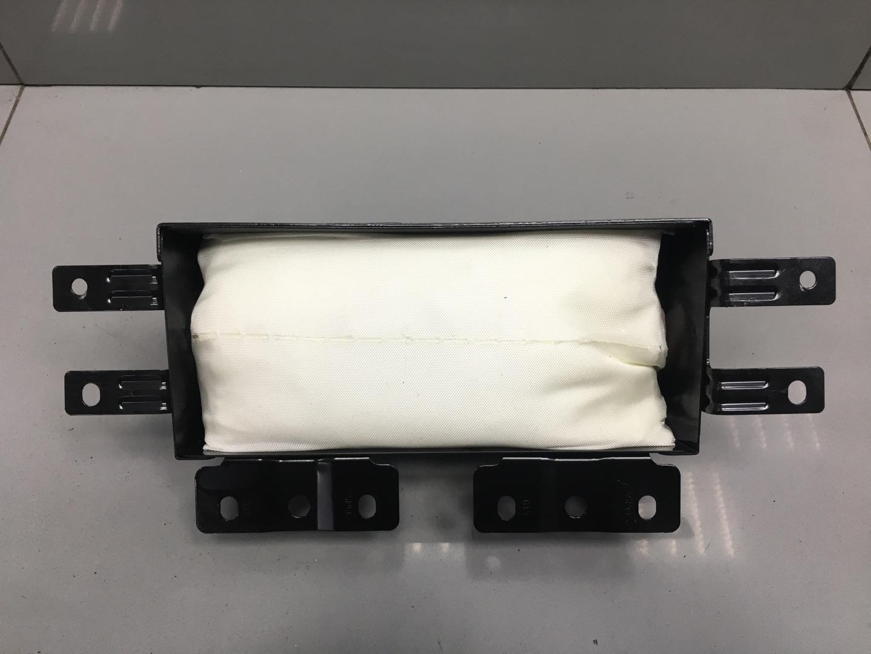 Подушка безопасности пассажира Hyundai Starex H1 D4CB 2012 (б/у)