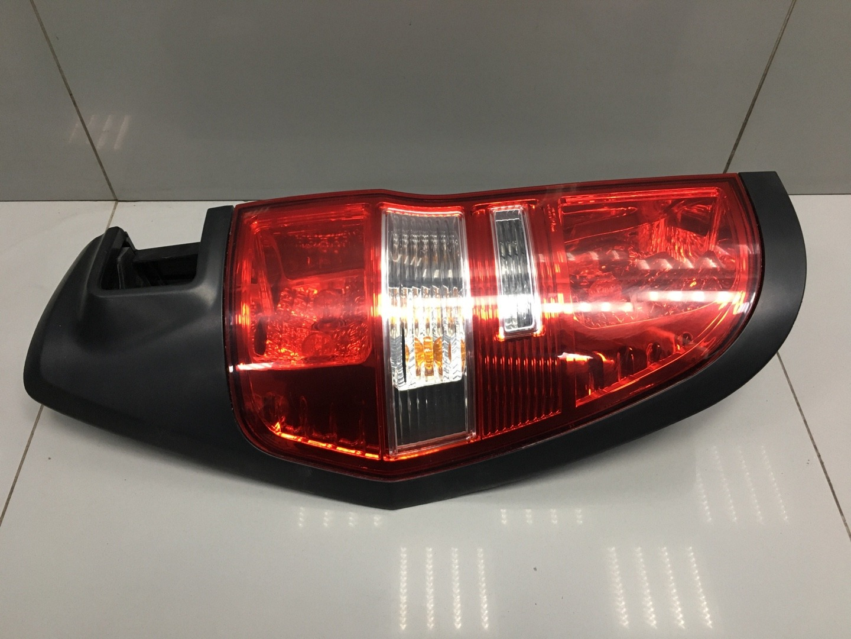 Фонарь Hyundai Starex H1 D4CB 2012 левый (б/у)