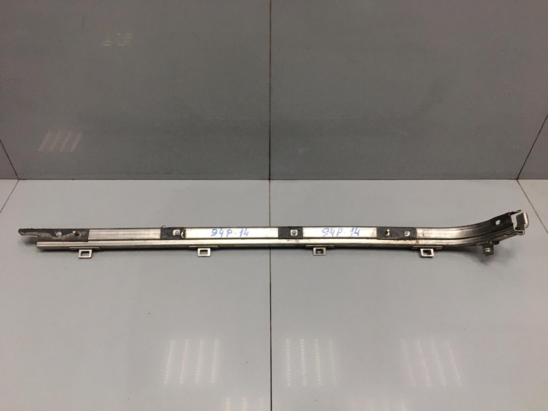 Направляющая Hyundai Starex H1 D4CB 2012 правая (б/у)