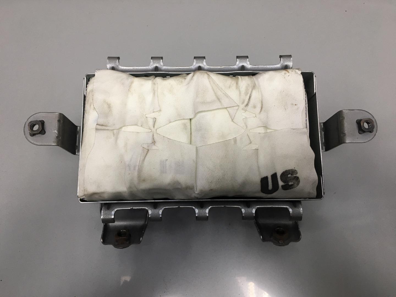 Подушка безопасности пассажира Suzuki Sx4 (б/у)