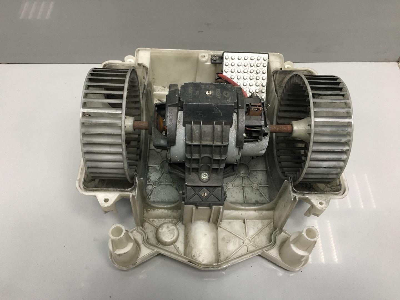 Моторчик печки Mercedes S Class W221 (б/у)