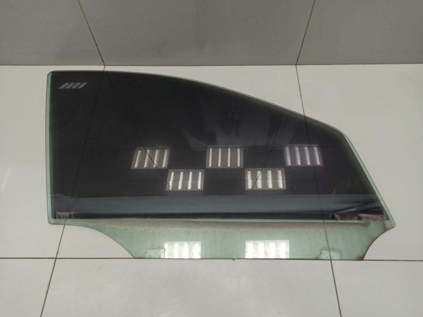 Стекло двери Mercedes Gl Class X164 273.923 2007 переднее правое (б/у)