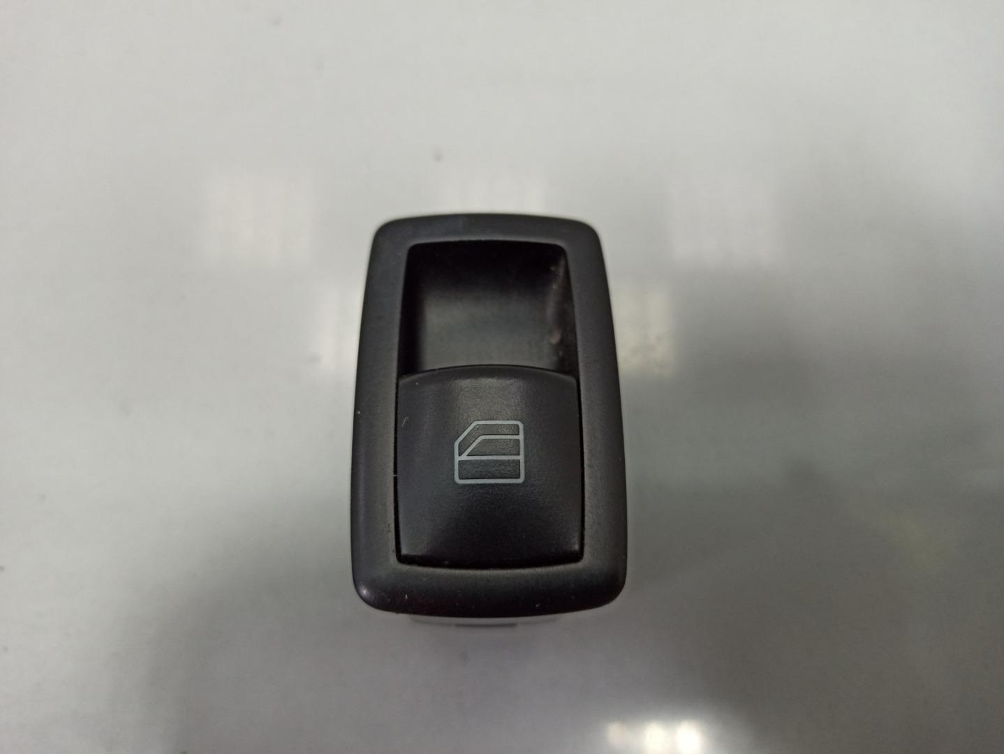 Кнопка стеклоподъемника Mercedes Gl Class X164 273.923 2007 (б/у)