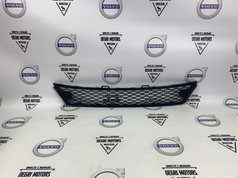 Решетка бампера Volvo Xc70 D5244T10 2013 передняя нижняя