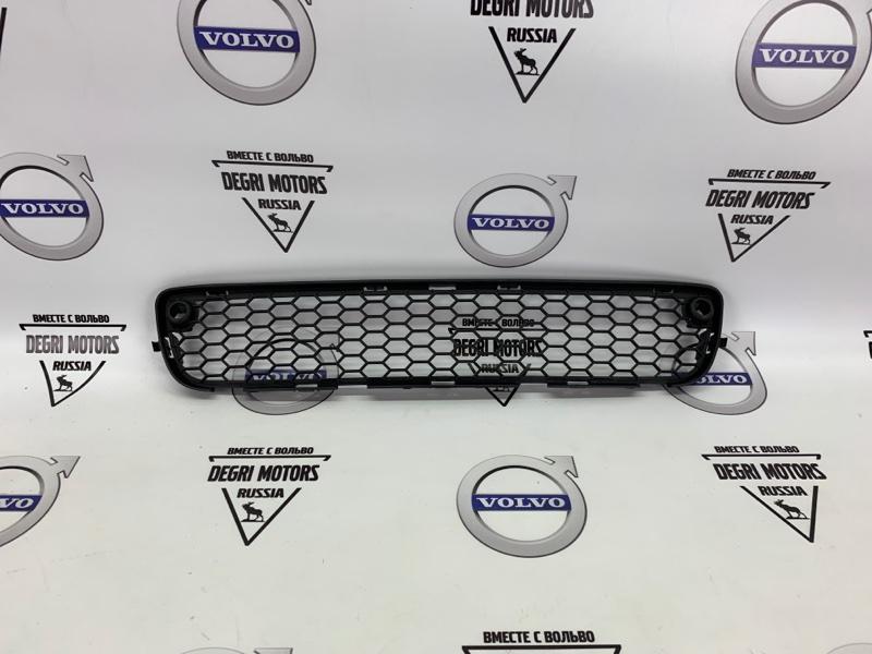 Решетка бампера Volvo S80 D5244T10 2010 передняя нижняя