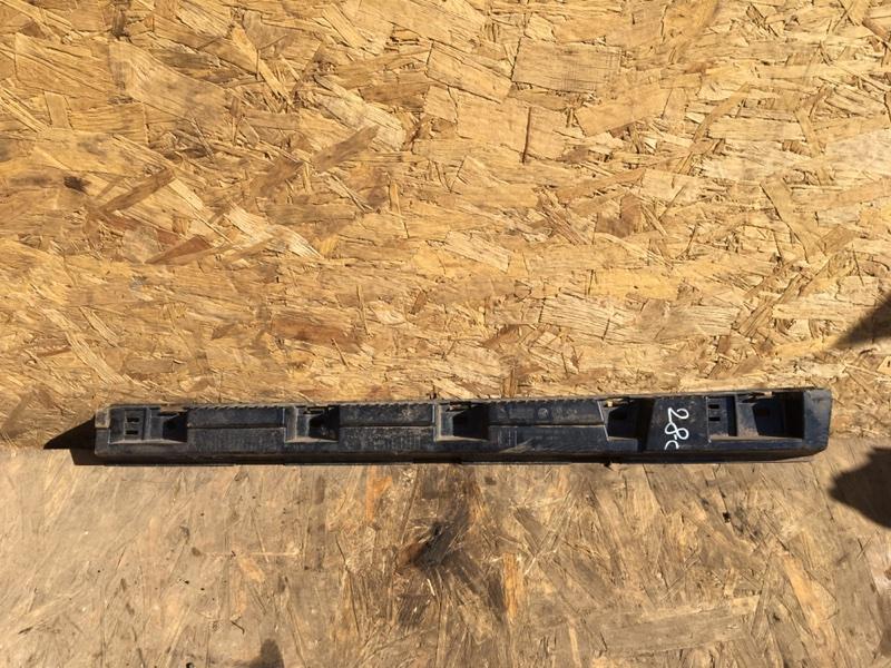 Кронштейн накладки порога Bmw X1 E84 N47D20D 2011 левый (б/у)