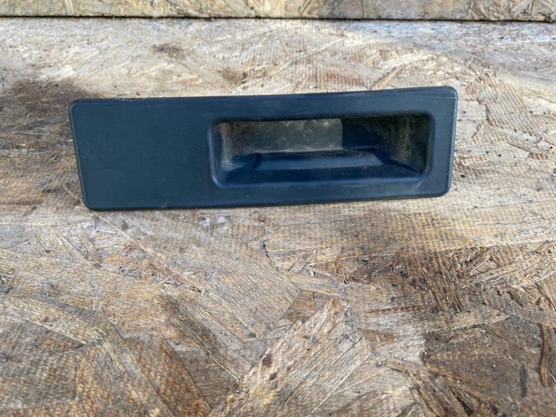 Кнопка открывания багажника Bmw 328Ix F30 N20B20 2012 задняя (б/у)