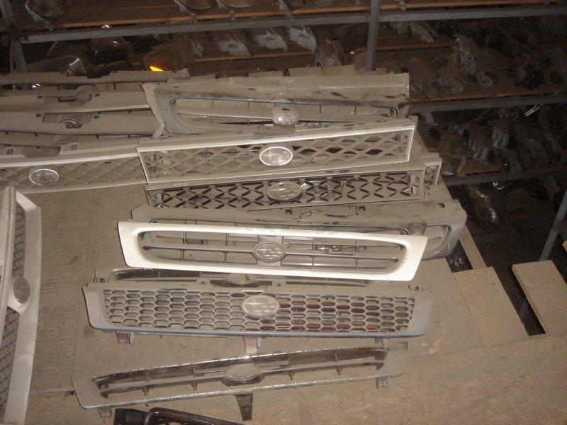 1989-1993  решeтка  радиатора