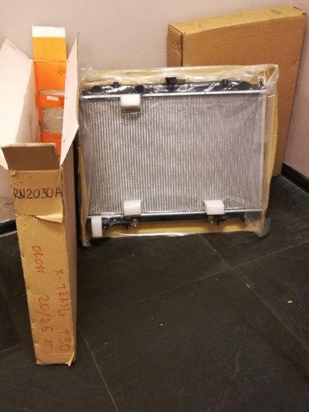 Радиатор охлаждения T 30 автомат  НОВЫЙ