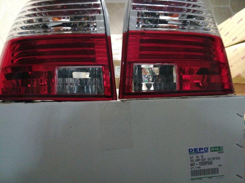 Фонарь задний левый и правый комплект Гольф 1998-2003гг Volks Wagen Golf