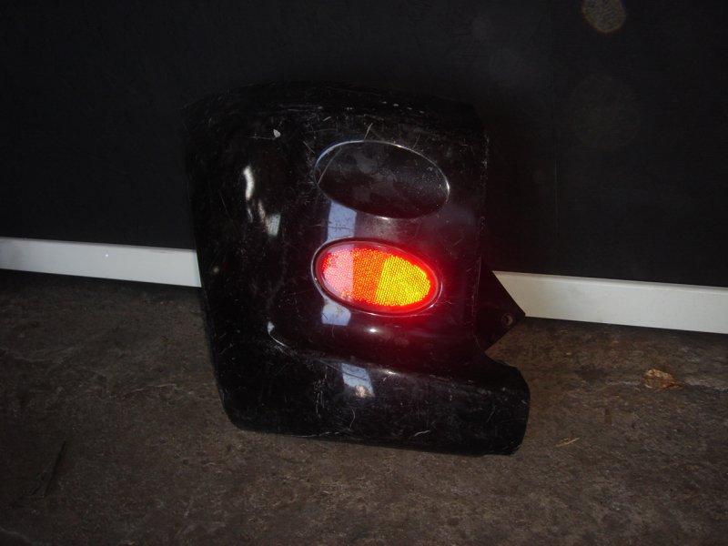 клык заднего бампера