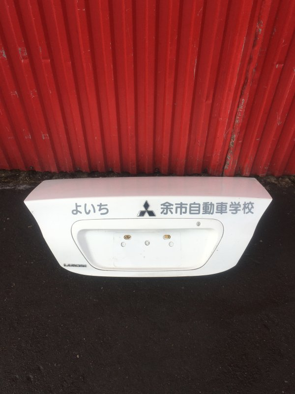 Крышка багажника Mitsubishi Lancer CS (б/у)