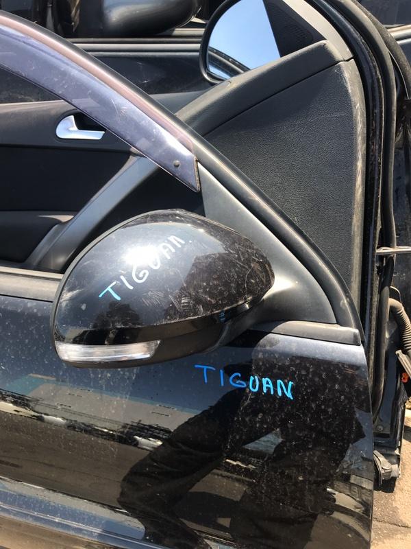 Зеркало Volkswagen Tiguan NF 2008 (б/у)