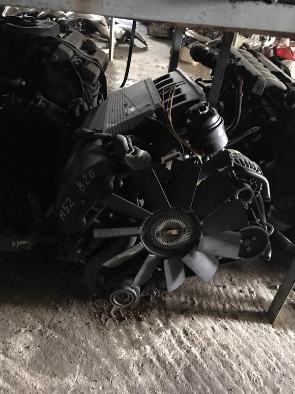 Двигатель Bmw 5 E39 M52B20 2001 (б/у)