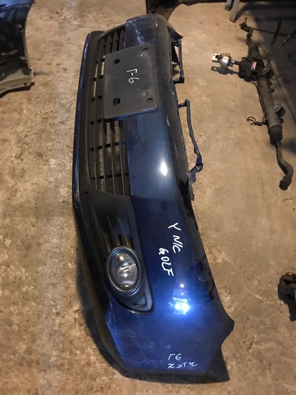 Бампер Volkswagen Golf 6 5K1 2010 передний (б/у)